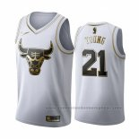 Camiseta Golden Edition Chicago Bulls Thaddeus Young #21 2019-20 Blanco